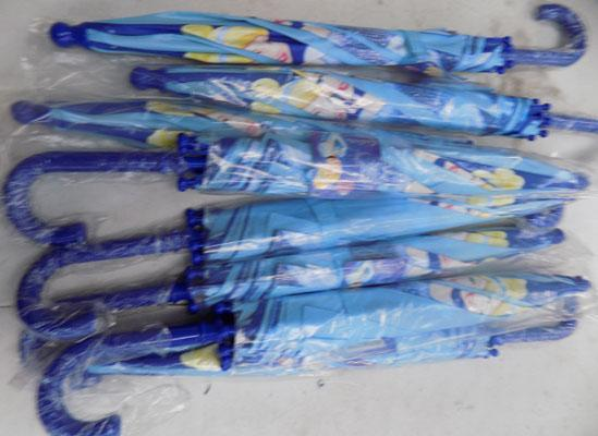 8 new kids Disney umbrellas