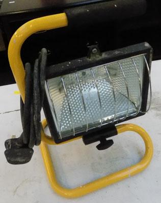 Halogen work light w/o