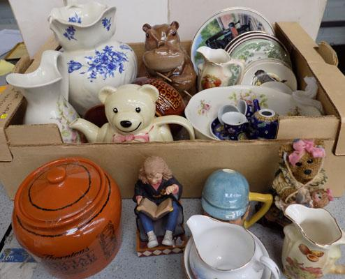 Box of ceramics, incl. Royal Vale