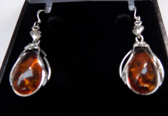 Pair of silver & Amber ear rings