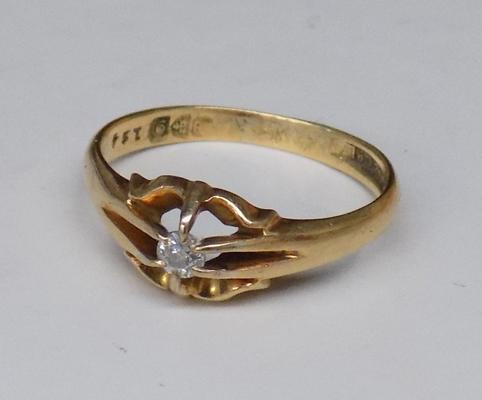 9ct Gold diamond solitaire signet ring size T