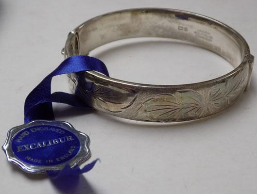 Sterling silver Excalibur bangle in original box - Birmingham 1973/74