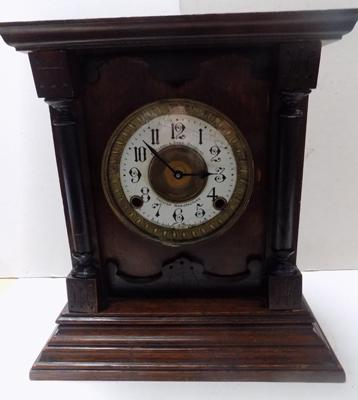 Fattorini case Quartz bracket clock in working order