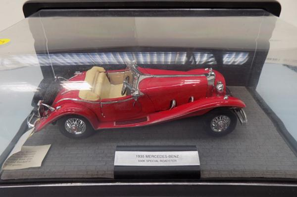 Franklin mint 1/24 scale boxed & label. 1935 Mercedes 500K special roadster