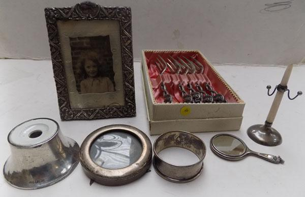 Selection of sterling silver & continental silver items