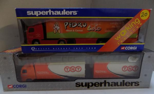 Corgi Superhauler Curtain Sider & Close Coupled Trailer