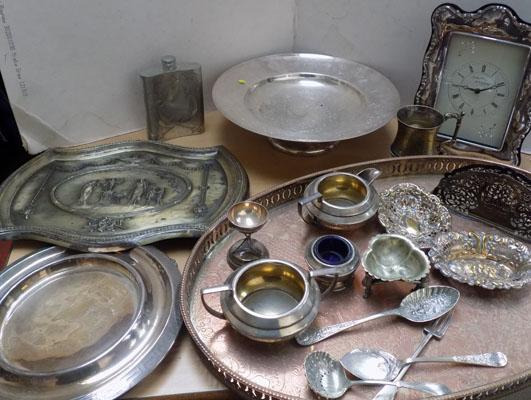 Large selection of quality silver plate inc Melba & Wade