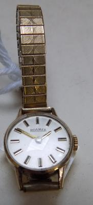 Vintage ladies gold plated Roamer watch -Swiss