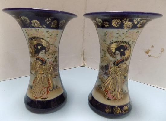 "Pair of Japanese vases 6"" high"