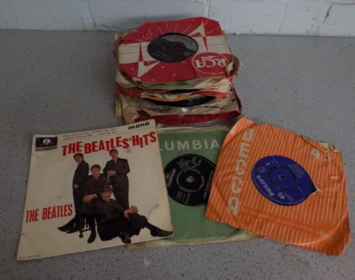 "Small collection of 1960's 7"" records"