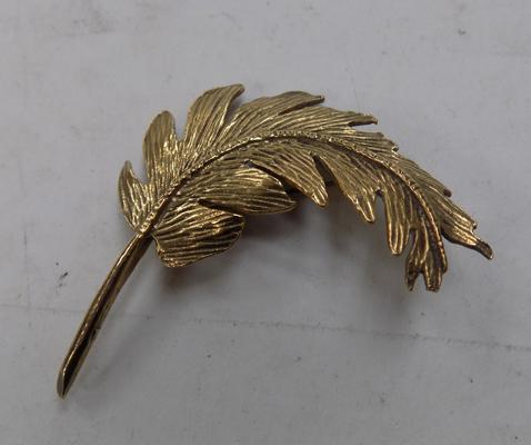 Vintage gold on silver leaf brooch - hallmarked silver
