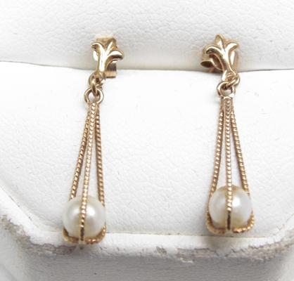 Pair of 9ct gold faux pearl drop earrings