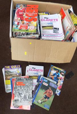 Box of approx 350/400 football programmes