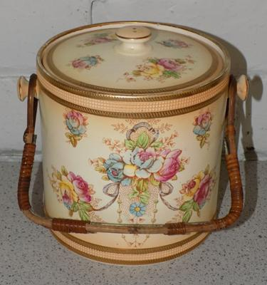 Vintage Crown Devon biscuit barrel