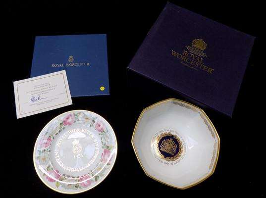 Two boxed Royal Worcester china items, fruit bowl, Limited edition plate (500 only produced), signed & certificate