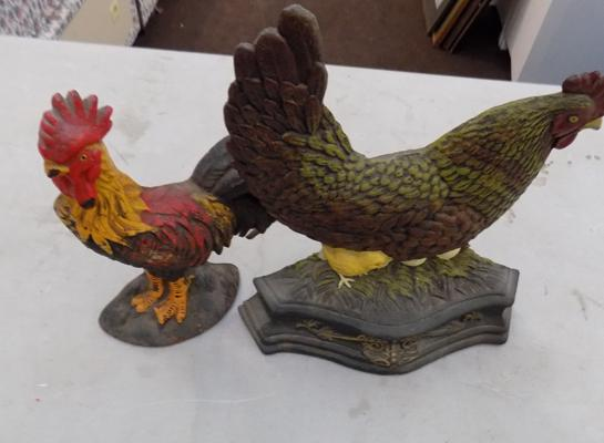 Cast iron cockerel & hen  with chicks