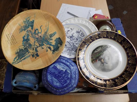 Mixed box of crockery etc inc plates