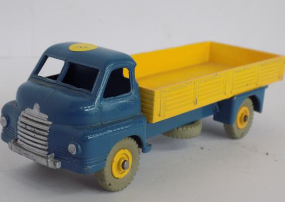 Dinky 1950's no. 522 B16 Bedford flat lorry