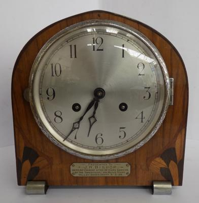 Vintage 1930 mantle clock, with inlaid detailing