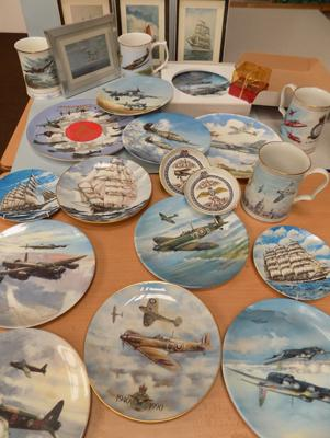 Collection of RAF & navel items incl. Coalport plates
