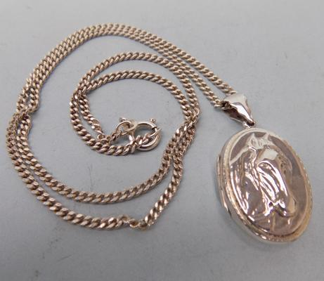 925 silver neck chain + 925 silver horse fronted locket, 15.26grms