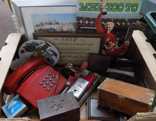 Box of mixed collectables, incl. vintage