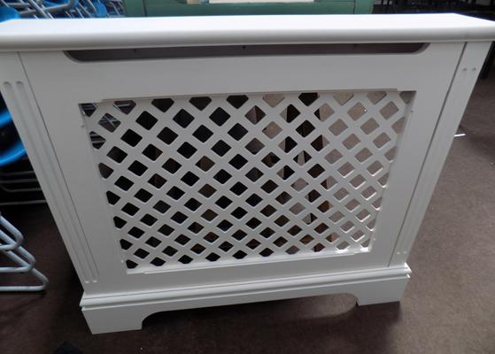 Radiator cover - magnetic front panel