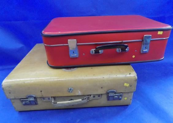 Two large retro cases