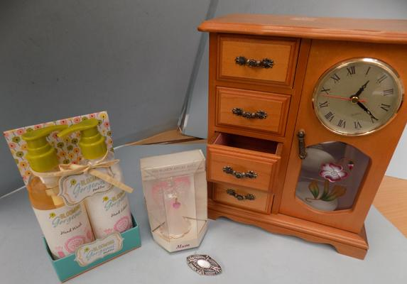 Collection of items - incl. hand wash & lotion, jewellery box & glass angel bell