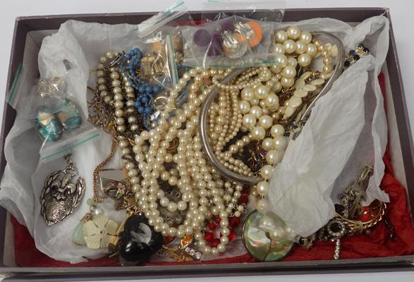 Box of mixed costume jewellery, some vintage