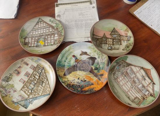 Five collector's plates with certificates