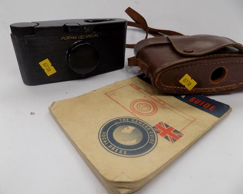 Purma Special Bakelite camera with lens cap, case & guide