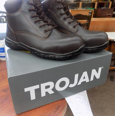 Size 7, new Trojan work safety boots (£39.99 on Ebay)
