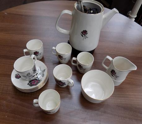 Six piece coffee set with percolator (no lid)