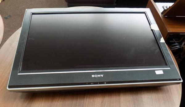 "31"" Sony TV built in freeview-1080 HD ready"