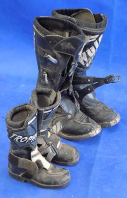 Two pairs of motorbike boots (1 adults, 1 kids)