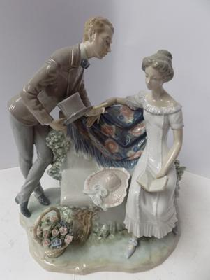 Large rare Lladro 'Will You Marry Me?' figure. model 5447. Basket handle restored