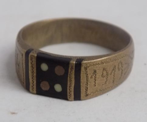 Hand made trench art ring marked 1914-1919, size approx V