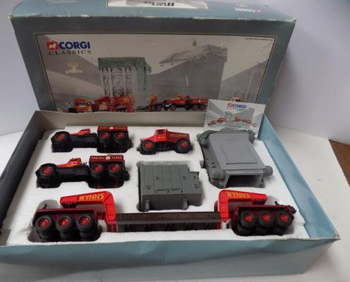 Corgi Ltd Edition no 31009 heavy haulage series, Wynn's Scammell with 24 wheel girder trailer set