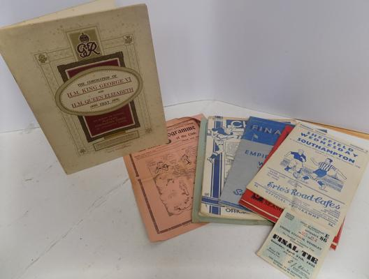 Selection of 1930/40's football ephemera inc 1935 final tie ticket