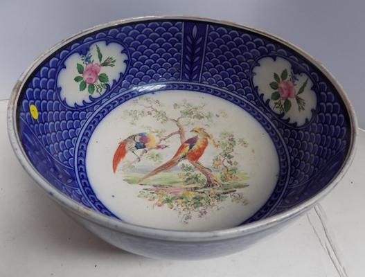 "Vintage Royal Doulton bowl 9"" diameter"