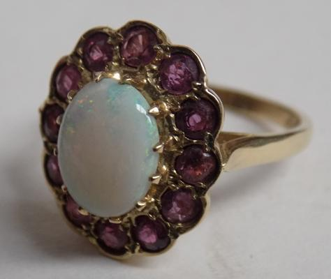 9ct Gold opal & ruby cluster-size L