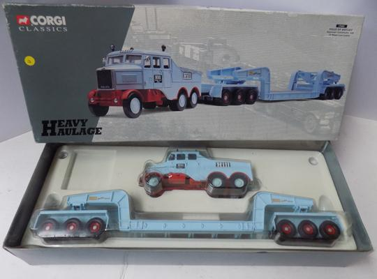 Corgi limited edition no 17601 heavy haulage series, Hills of Botley Scammell Trailer & 24 wheel wader set