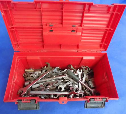 Toolbox and selection of spanners