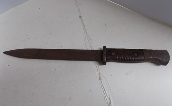 WW2 bayonet dated pre 1920