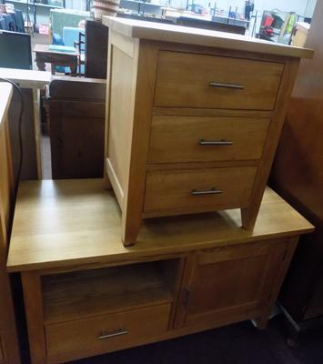 TV unit & three drawer unit