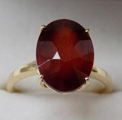 10ct Gold & Ruby ring-hallmarked Birmingham, size approx P1/2