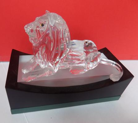 "Swarovski crystal Lion resting approx 5"" long on plinth-no damage"