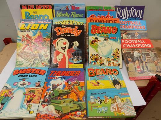 Selection of TV annuals, incl.Tenderfoot, Rawhide