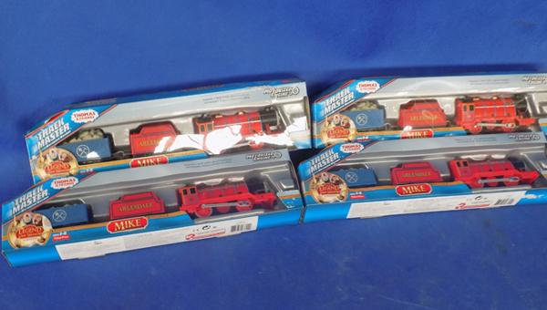 4x Thomas Track-Master trains 'Mike'